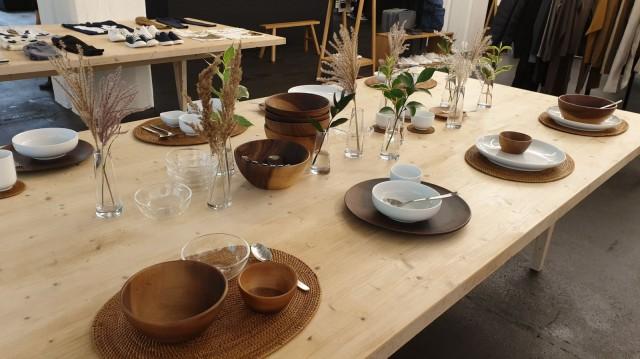 Helsingin Mujin valikoimaan kuuluu noin 7000 erilaista tuotetta astioista vaatteisiin ja kosmetiikkaan.