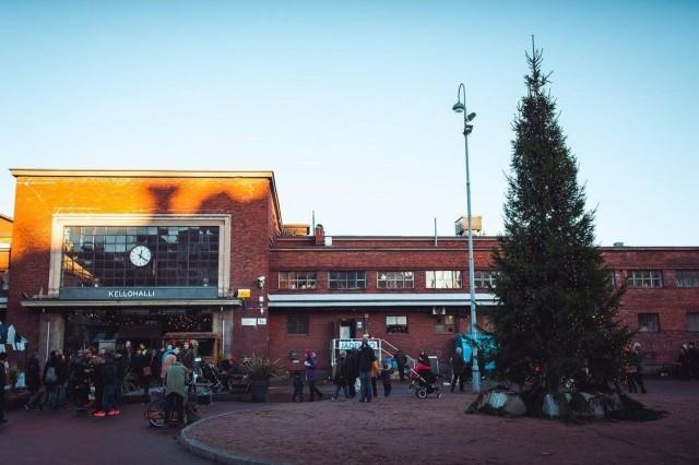 Tastetoberissa maistellaan  juomia ja ruokia Oktoberfestin hengessä. Kuva Teurastamon joulumarkkinoilta.
