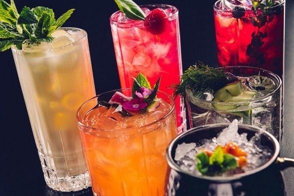 Ravintolan cocktail-valikoima on tutustumisen arvoinen.