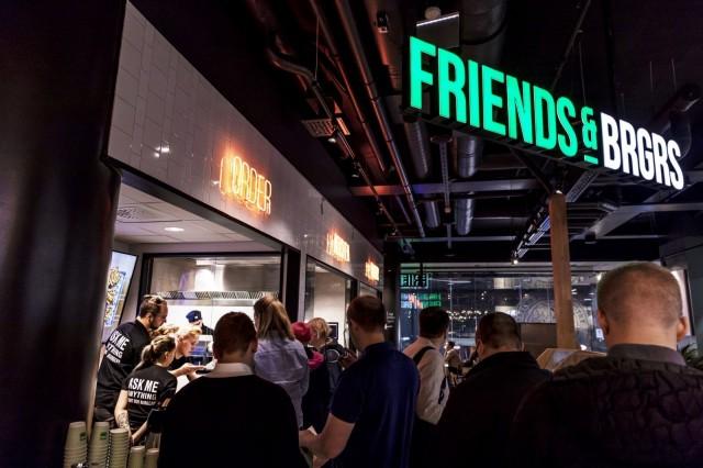 Kotiinkuljetus on avannut ravintoloille toisen myyntikanavan perinteisen ravintolamyynnin rinnalle.