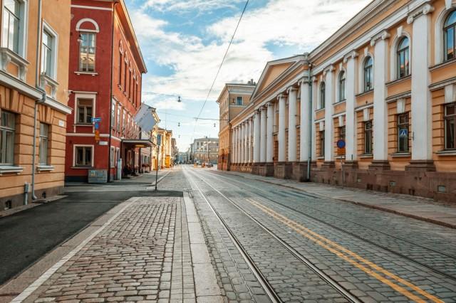 Tyhjenevätkö Helsingin kadut tänä juhannuksena?