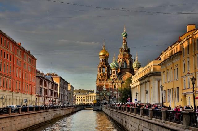 Pohjolan Venetsia. Pietarin kanaalit muistuttavat siitä, että kaupunki on saanut vaikutteita Italiasta.
