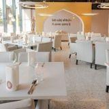 Deli Rasoi -intialaisravintola sekoittaa intialaisen ja granilaisen ylellisyyden