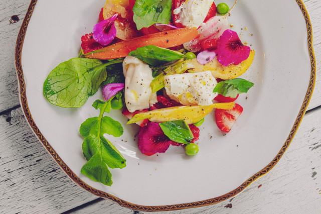 Bistro & Brasserie Bardot on kallellaan erityisesti mereneläviin ja kasviksiin.