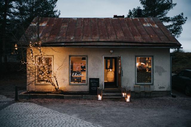 Edvin sijaitsee yli sata vuotta vanhassa, sympaattisessa rakennuksessa.