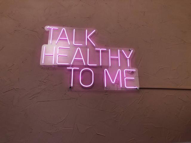 Ravintolassa mennään terveellisyys edellä - eikä se jää epäselväksi.