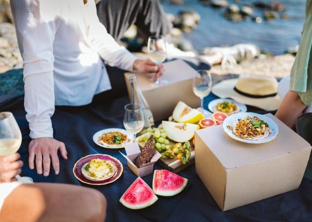 Ravintola Magulla on tarjouksia niin ravintolaillallista kuin rentoa picnicpäivää etsivälle.