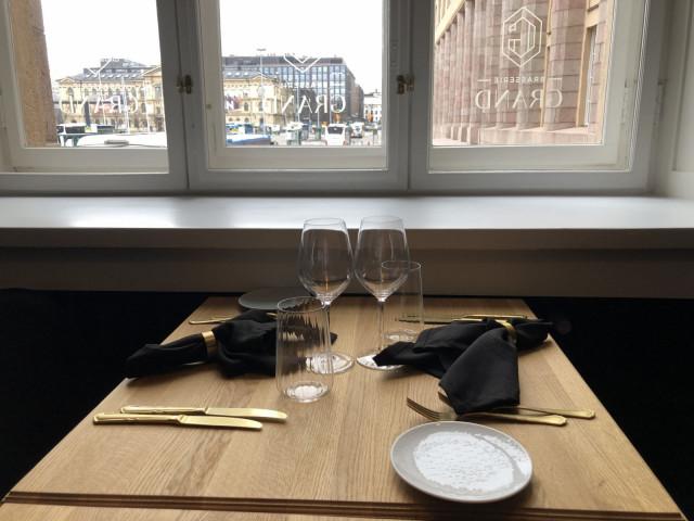 Brasserie Grandista on upeat näkymät Helsingin keskustaan.