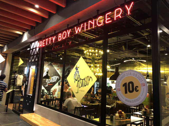 Pretty Boy WIngery sijaitsee M.E.E.T-ravintolamaailmassa.
