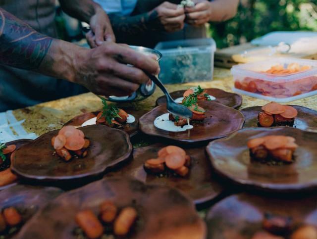 Nielussa fine dining tuodaan keskelle suomalaista metsää.