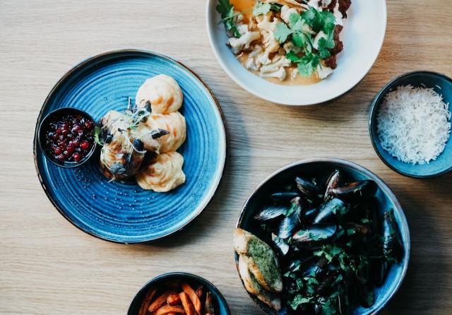 The Pantryn lounaalta löytyy päivittäin sekä liha-, kala- että kasvisvaihtoehto.