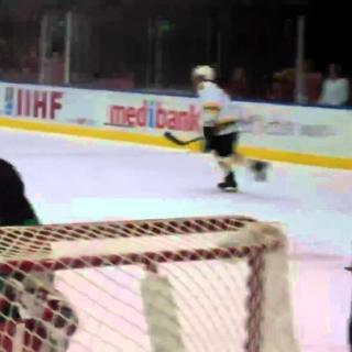 NHL-tappelija luotsasi MM-jääkiekon ennätysjoukkuetta