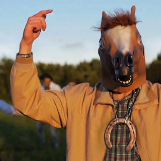 Horse Attack Sqwad - Nosta ilmaan kavio