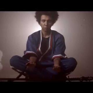 Robba ft. Musta Hanhi + Pajafella - Juttus ei kiinnosta
