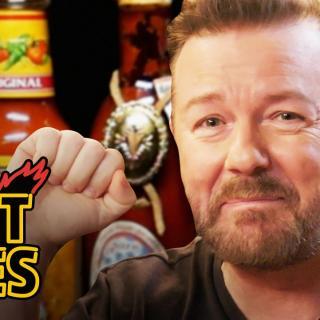 Tarpeeksi vahva chili saa ihmisen sisimmän esiin – Hot Ones videosarja laittaa haastateltavat hikoilemaan